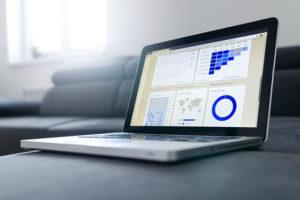 laptop-analiza-firmy