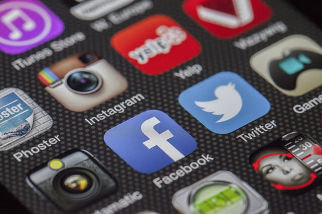 social-media-ensis